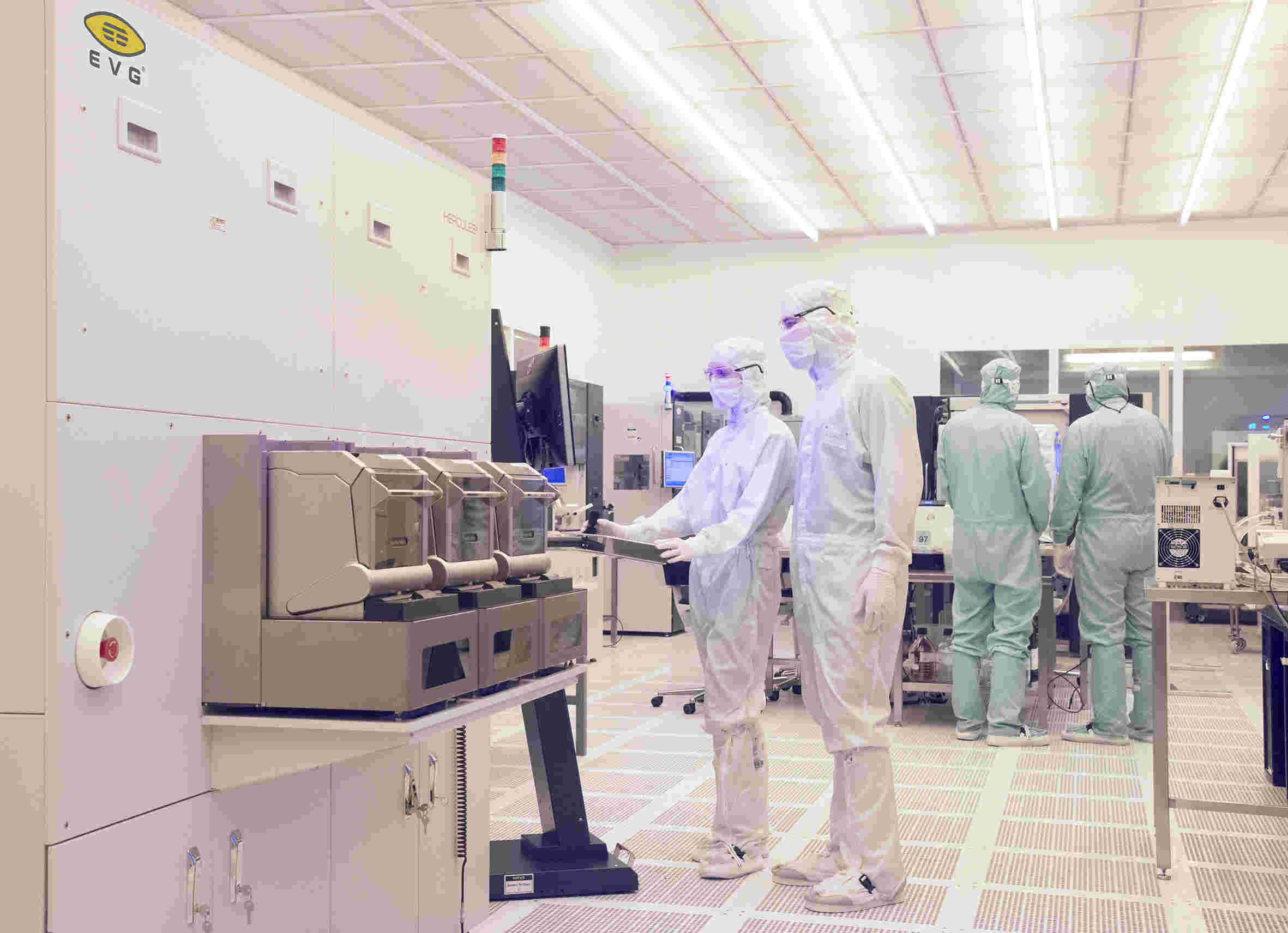 EVG's state-of-the art cleanroom facilities for process development